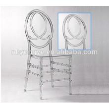 Chaise en résine résistante au phénix