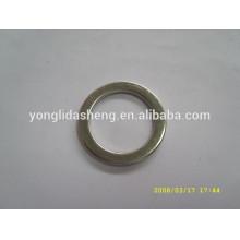 Art und Weise Zinklegierungsmaterial Metall O Ring für Bügel und Handtasche