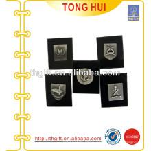 Metallabzeichen für Armee mit antik-silberner Farbe