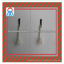 Brosse de vernis à ongles 2 axes faisant la machine ou la machine à touffeter