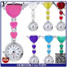 Yxl-956 al por mayor broche enfermera novio gatito enfermera relojes metal medico lindo reloj pin precio de fábrica