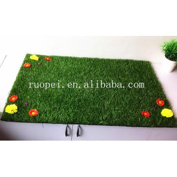 Tapete barato da grama artificial de 30mm com as flores do mercado de China