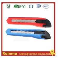 Канцелярский нож для школьных и офсетных канцелярских принадлежностей