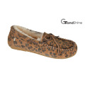 Women′s Moccasin Casual Driving Shoes Slip on Footwear Printed Cowsuede