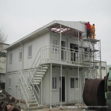 Cabinas prefabricadas de dos pisos en contenedores para solución residencial