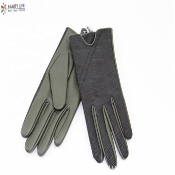 Black green sheepskin palm and black PU with pattern hand back women fashion gloves small MOQ and high quality can custom size