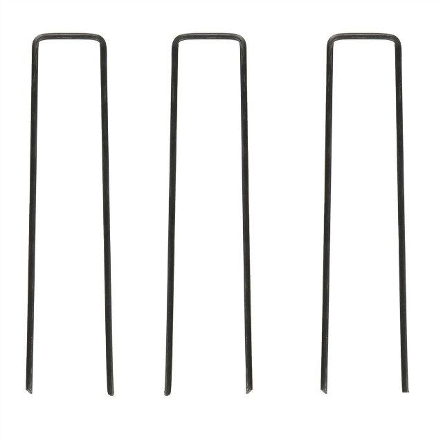Different sizes of U shape turf nail