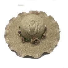 Chapéu de palha de papel estilo verão ondulado