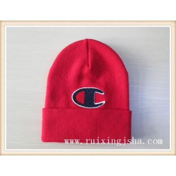 Hombre pila logo capa sombrero hecho punto
