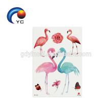 2018 flamingos das meninas que imprimem a arte corporal provisória da etiqueta do tatuagem