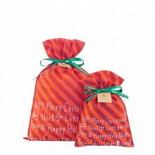 Sac cadeau rayé rouge non tissé avec cordon de Noël