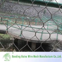 Развернутая металлическая сетка из нержавеющей стали