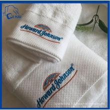 Serviette de bain 100% coton brodée (QHDA5590)