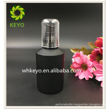 100ml Hot sale make up packing amber colored empty cosmetic glass amber bottle with pump sprayer