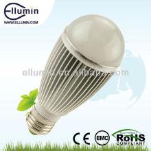 E27 vente chaude haute lumen a mené la lumière d'ampoule