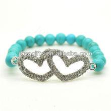 Türkis 8MM runde Perlen Stretch Edelstein Armband mit Diamante Legierung Doppel Herz Stück