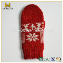 Christmas gift baby winter cheap knit mittens with red color