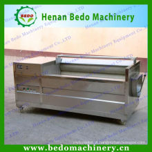 Máquinas de limpeza e descascamento de batata rolo escova e máquinas de corte de casca de batata