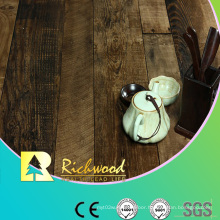 Household E1 AC3 Embossed Walnut V-Grooved Waterproof Laminated Flooring