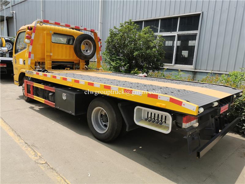 Wrecker Truck 7