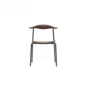 Replica Hans Wegner Stacking CH88 Eetstoel