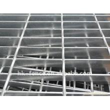 Caillebotis en acier anti-dérapant