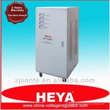 Type vertical Trois phases Haute précision Stabilisateur de tension CA