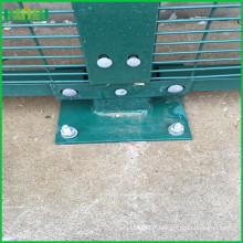 358 barrière / clôture anti escalade / panneaux de clôtures soudés