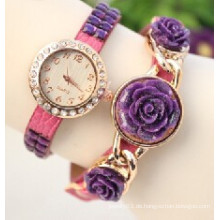 Großhandel Türkei Schmuck Kristall Blume Armband Uhr Frauen Armbanduhr