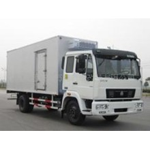 Sinotruk 4X2 Refergirated Truck for Food and Fruit Transportation