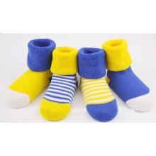 Chaussettes mignonnes en coton bébé / bébé