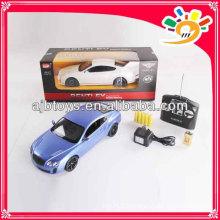 Licence 1 voiture 14 mz rc avec batterie légère en plastique inclus