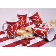 Кружка кофе красного цвета керамическая