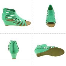 Sandálias do salto alto das mulheres da forma
