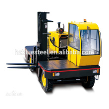 Low Price Side Loading Lading Forklift Truck , Diesel Engine Forklift For Long Goods Transportation
