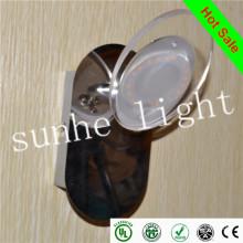 Алюминиевый светодиодный фонарь с двигателем, светодиодный фонарь с подсветкой для автомобилей / караванов в Дунгуани