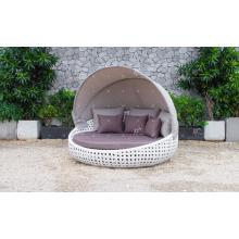 Design elegante polietileno Rattan Sunbed ou Daybed para Jardim ao ar livre Patio Beach Resort Pool Wicker Furnitre