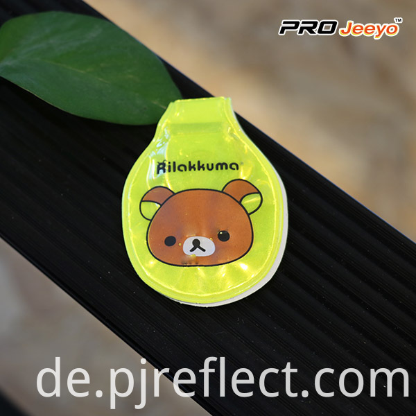 Reflective Fluo Yellow Bear Led Light Magnetic ClipCJ-PVC008