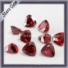 Triángulo Encantador Granate Brillante Corte Zirconia Rojo Cubic