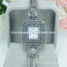 Novo design de alta qualidade liga quartzo relógio de pulso para as mulheres B033