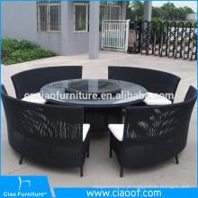 Rattan clássico luxuoso que janta a mobília exterior do estilo asiático ajustado
