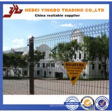 Anping Local ISO & Ce Factory Venta caliente PVC recubierto jardín soldado malla de alambre valla
