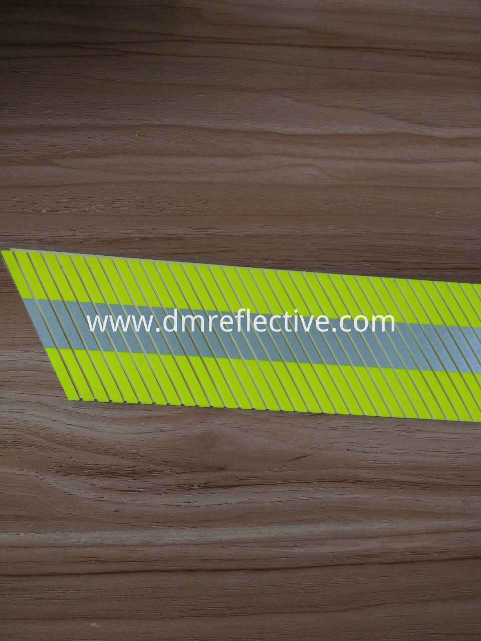D1995 Flame Retardant Segmented Reflective Tape