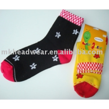 pretty girls jacquard knitted socks