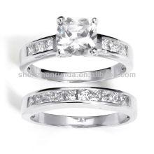 2013 Nouveaux produits Silver Cubic Zirconia 2 pièces Ring Set Vners Supplies