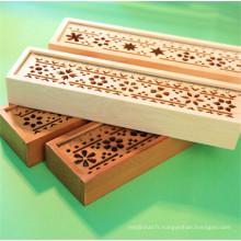 étui en bois avec couvercle en bois