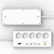 EU Plug 5 Ports Outlet Surge Protector Power Stirp mit 4 X 5V / 2.4A 1 X 12V USB Super Ladegerät