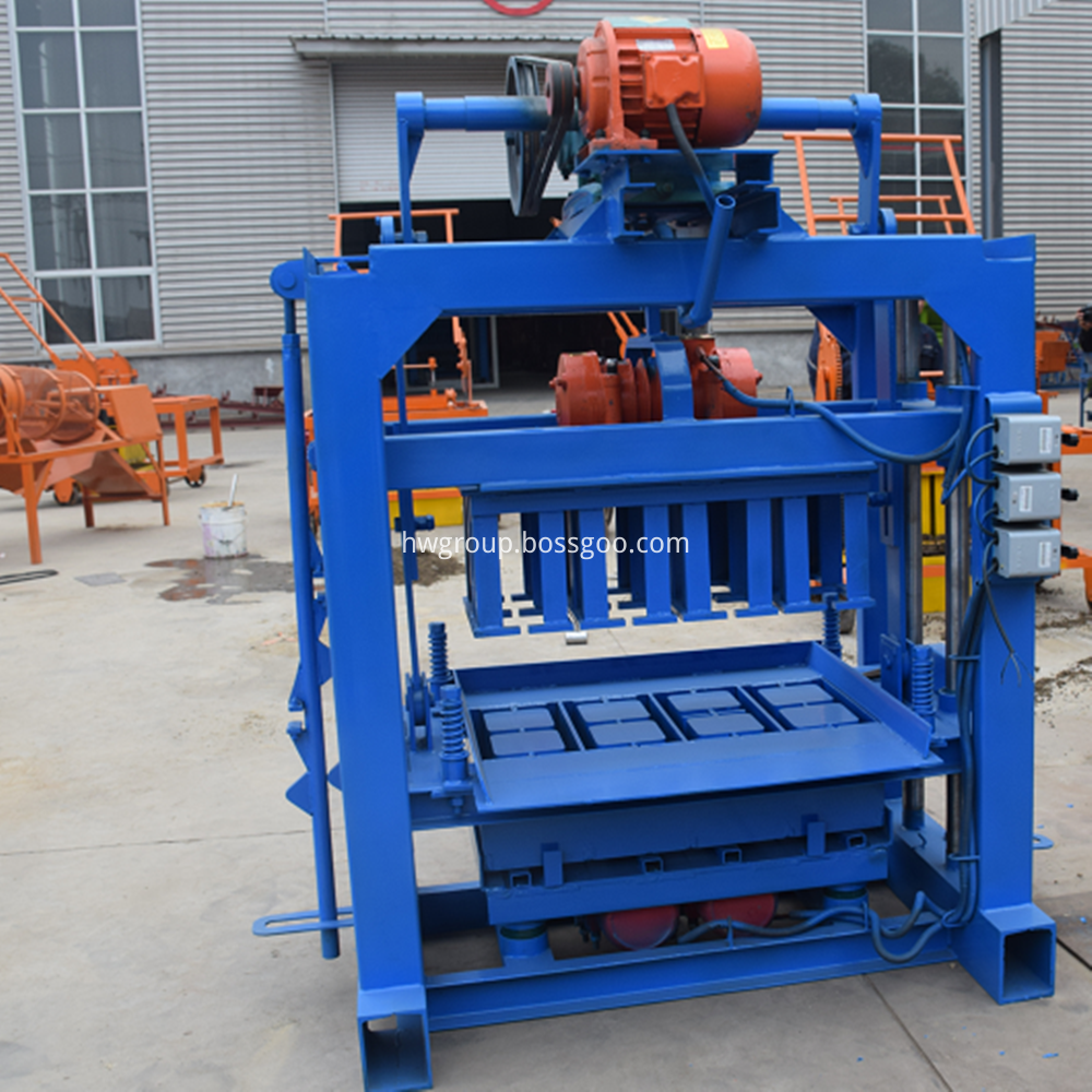 brick moulding machine