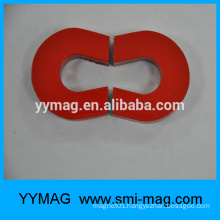Alnico magnet C shaped component
