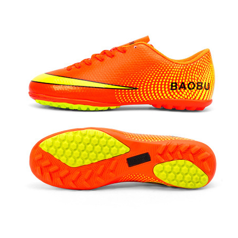 New Arrival chaussures de football originales confortables en gros
